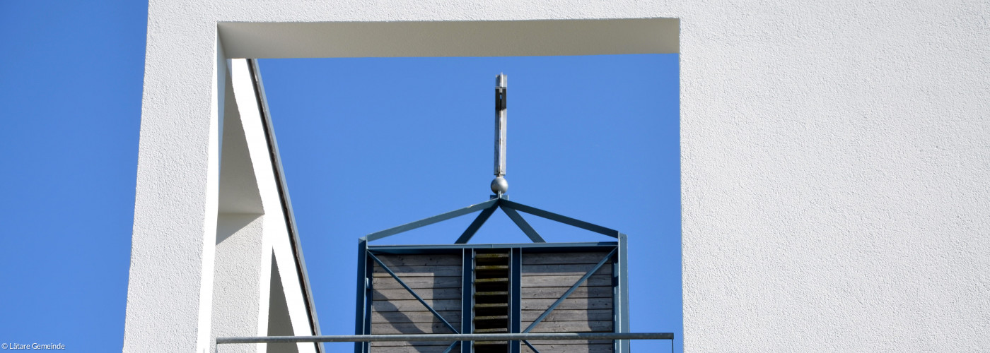 Blick auf Glockenturm DBK
